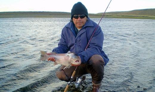 Existem quatro maneiras de pesca a com linha, com emalhe, com cerco e com armadilhas