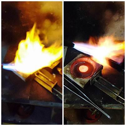A primeira imagem mostra a prata sendo derretida, na segunda, a prata fundida e o molde sendo aquecido novamente