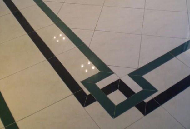 Detalhe de um piso de porcelanato