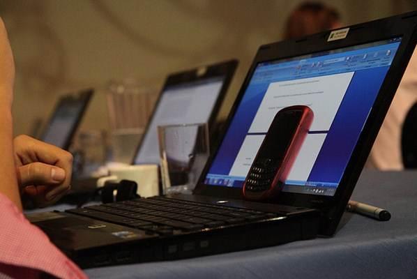 Computador notebook e celular