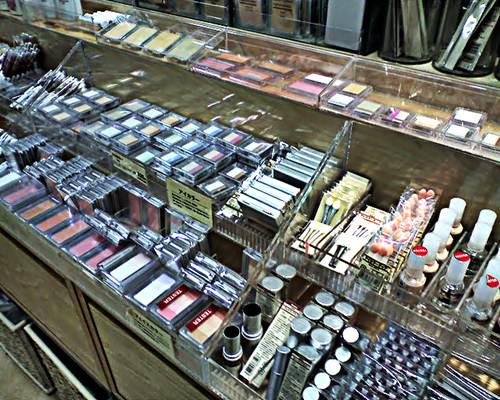 Em consórcios informais, realizados por consultoras de cosméticos, os valores aplicados são menores