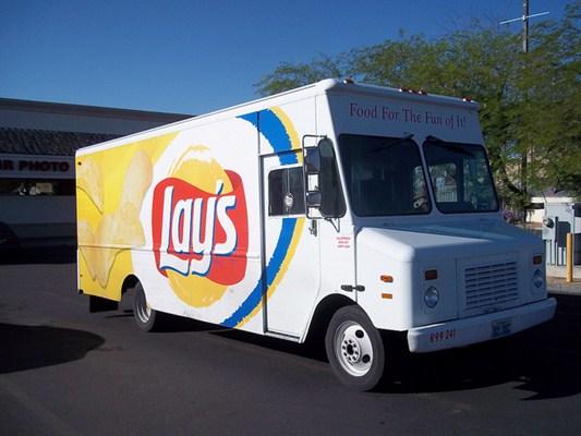 Caminhão para entregas de comidas rápidas, delivery