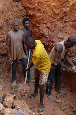 Trabalhadores em mineração